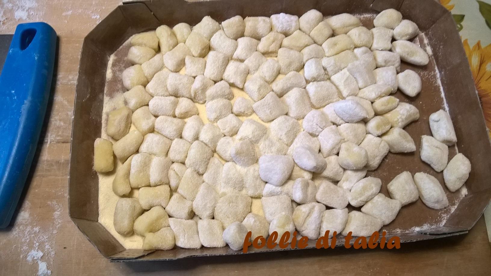 Ricetta Gnocchi Con I Fiocchi Di Patate.Gnocchi Con Fiocchi Di Patate Le Follie Di Talia